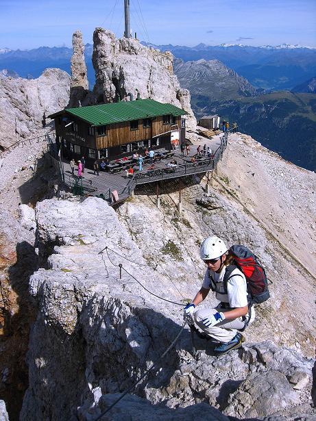 Foto: Andreas Koller / Klettersteig Tour / Ferrata Marino Bianchi - Cristallo di Mezzo (3167 m) / Einstieg beim Rif. Guido Lorenzi / 23.09.2008 01:37:00