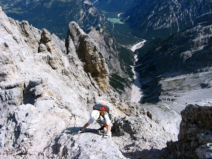 Foto: Andreas Koller / Klettersteig Tour / Ferrata Marino Bianchi - Cristallo di Mezzo (3167 m) / Luftig in die Gratscharte / 23.09.2008 01:35:55