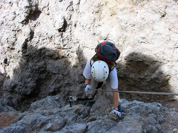 Foto: Andreas Koller / Klettersteig Tour / Ferrata Marino Bianchi - Cristallo di Mezzo (3167 m) / Steile, exponierte Passage / 23.09.2008 01:34:01