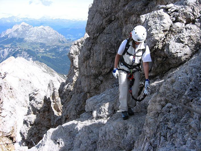 Foto: Andreas Koller / Klettersteig Tour / Ferrata Marino Bianchi - Cristallo di Mezzo (3167 m) / Ausgesetzte Querung / 23.09.2008 01:33:37