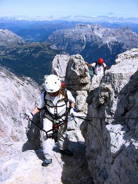 Foto: Andreas Koller / Klettersteig Tour / Ferrata Marino Bianchi - Cristallo di Mezzo (3167 m) / Am Grat / 23.09.2008 01:31:38