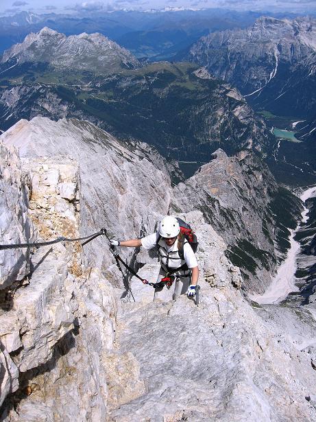 Foto: Andreas Koller / Klettersteig Tour / Ferrata Marino Bianchi - Cristallo di Mezzo (3167 m) / Ausgesetzte Gratpassage / 23.09.2008 01:31:19