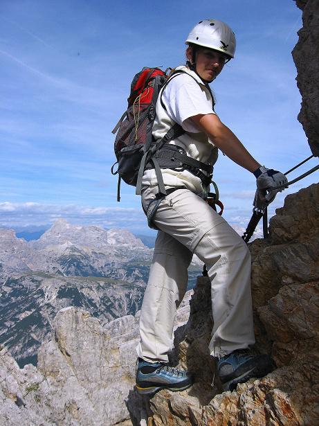 Foto: Andreas Koller / Klettersteig Tour / Ferrata Marino Bianchi - Cristallo di Mezzo (3167 m) / Auch am Rückweg sind die Passagen ausgesetzt / 23.09.2008 01:23:47