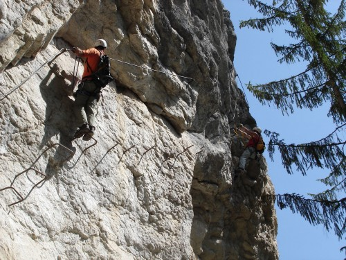 Postalm Klettersteig F Variante : Alpine geckos postalmklamm klettersteig d mit sesi und motzi