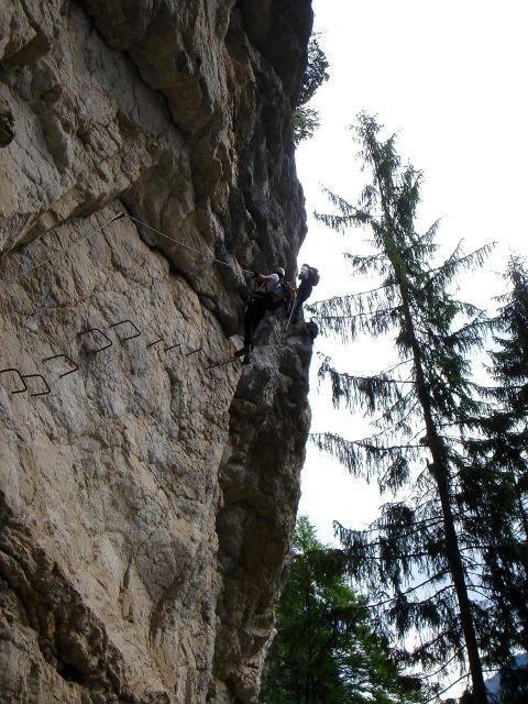 Foto: Manfred Karl / Klettersteig Tour / Klettersteig durch die Postalmklamm / Die steile Schlusswand / 23.09.2008 17:24:25