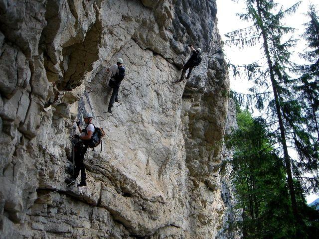 Foto: Manfred Karl / Klettersteig Tour / Klettersteig durch die Postalmklamm / Einstieg in die Schlusswand / 23.09.2008 17:24:48