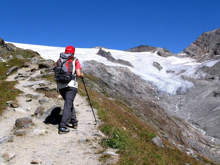 Foto: Andreas Koller / Wander Tour / Schwarze Wand und Hoher Zaun - stille Gipfeltour vom Defregger Haus (3507 m) / Hüttenanstieg zum Defregger Haus / 24.09.2008 00:06:32