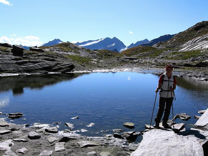 Foto: Andreas Koller / Wander Tour / Schwarze Wand und Hoher Zaun - stille Gipfeltour vom Defregger Haus (3507 m) / Seenauge beim Anstieg zum Defregger Haus / 24.09.2008 00:05:53