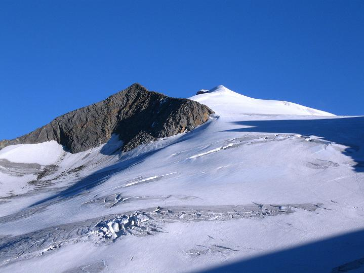 Foto: Andreas Koller / Wander Tour / Schwarze Wand und Hoher Zaun - stille Gipfeltour vom Defregger Haus (3507 m) / Hohes Aderl (3503 m) und Großvenediger (3674 m) / 24.09.2008 00:02:08