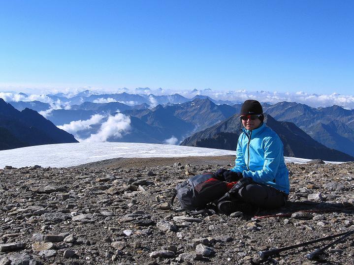 Foto: Andreas Koller / Wander Tour / Schwarze Wand und Hoher Zaun - stille Gipfeltour vom Defregger Haus (3507 m) / Gipfelrast am Hohen Zaun  / 23.09.2008 23:58:06