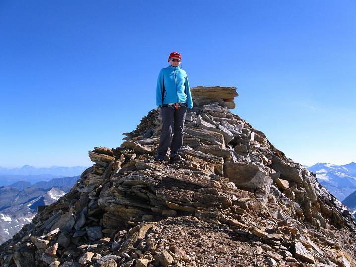 Foto: Andreas Koller / Wander Tour / Schwarze Wand und Hoher Zaun - stille Gipfeltour vom Defregger Haus (3507 m) / Am W-Grat der Schwarzen Wand / 23.09.2008 23:52:14
