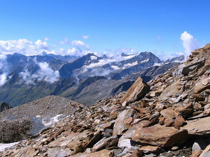Foto: Andreas Koller / Wander Tour / Schwarze Wand und Hoher Zaun - stille Gipfeltour vom Defregger Haus (3507 m) / Beim Mullwitz Aderl mit Blick bis zur Rötspitze (3495 m) / 23.09.2008 23:51:41