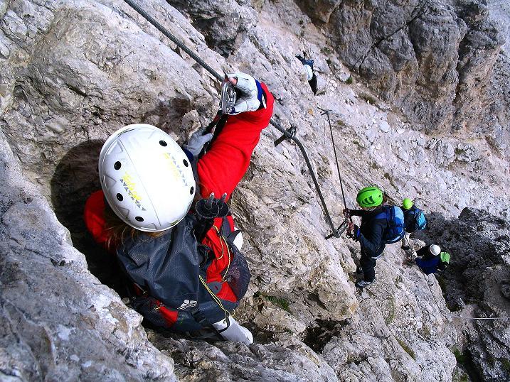 Foto: Andreas Koller / Klettersteig Tour / Ferrata Cir V (2520m) / Klettersteigtechnik ist in dieser Passage gefragt / 24.09.2008 00:46:18