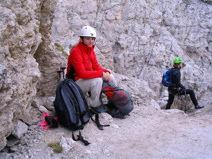 Foto: Andreas Koller / Klettersteig Tour / Ferrata Cir V (2520m) / Unterhalb des Gipfels der Tschierspitze V / 24.09.2008 00:42:39