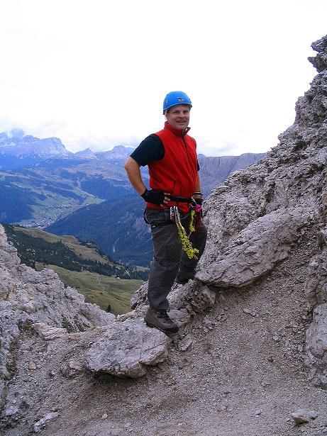 Foto: Andreas Koller / Klettersteig Tour / Ferrata Cir V (2520m) / Rast unterhalb des steilen Gipfels / 24.09.2008 00:42:15