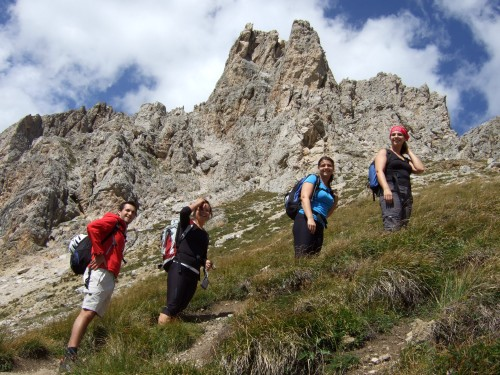 Foto: hofchri / Klettersteig Tour / Ferrata Cir V (2520m) / Zustieg vom Grödner Joch / 14.02.2009 17:33:46