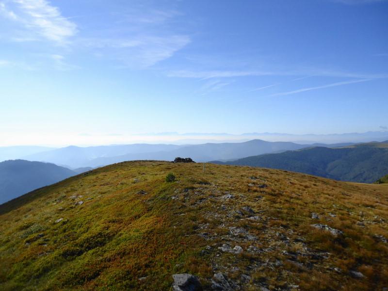 Foto: Günter Siegl / Wander Tour / 7 Gipfel Wanderung / Blick nach Süden in die Karwanken / 31.08.2014 21:23:35