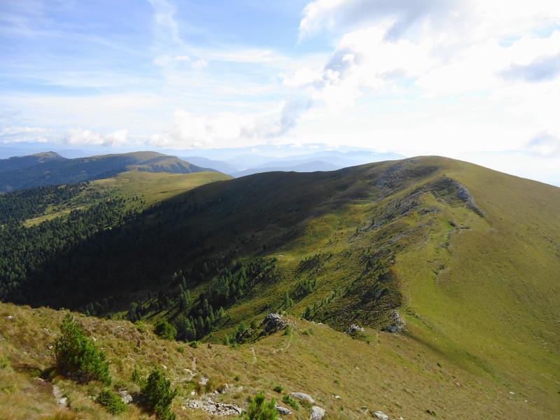Foto: Günter Siegl / Wander Tour / 7 Gipfel Wanderung / Rückblick Schwarmbrunnhöhe / 31.08.2014 21:20:30
