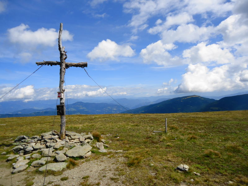 Foto: Günter Siegl / Wander Tour / 7 Gipfel Wanderung / Rosenkranzhöhe / 31.08.2014 21:17:13