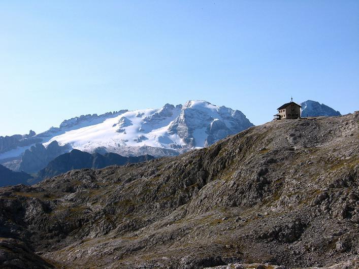 Foto: Andreas Koller / Klettersteig Tour / Piz da Lech (2910m): Südkar-Anstieg oder Klettersteig / Kostner Hütte und Marmolada (3343 m) / 25.09.2008 20:21:12