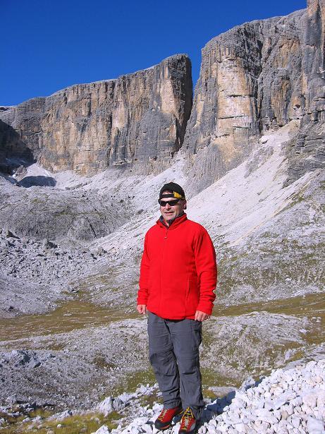 Foto: Andreas Koller / Klettersteig Tour / Piz da Lech (2910m): Südkar-Anstieg oder Klettersteig / Unter den Boeseekofel S-Wänden / 25.09.2008 20:20:54