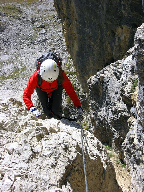 Foto: Andreas Koller / Klettersteig Tour / Piz da Lech (2910m): Südkar-Anstieg oder Klettersteig / Durch einen schmalen Kamin / 25.09.2008 20:19:06