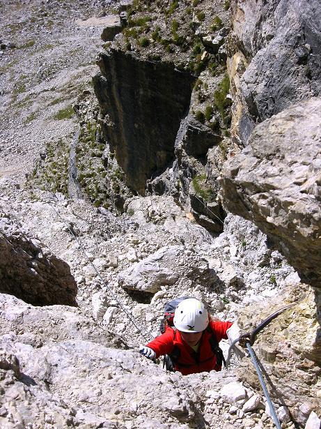 Foto: Andreas Koller / Klettersteig Tour / Piz da Lech (2910m): Südkar-Anstieg oder Klettersteig / Steiler Aufschwung in einer Rinne / 25.09.2008 20:17:29