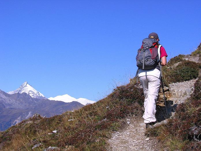 Foto: Andreas Koller / Wander Tour / Vom Glocknerblick auf den Mohar (2604m) / Schon im Aufstieg freier Ausblick auf den Großglockner (3798 m) / 30.09.2008 22:45:37