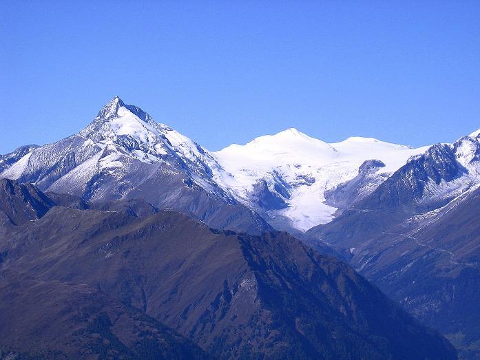 Foto: Andreas Koller / Wander Tour / Vom Glocknerblick auf den Mohar (2604m) / Großartiger Blick auf den Großglockner (3798 m) und den Johannisberg (3463 m) / 30.09.2008 22:38:04