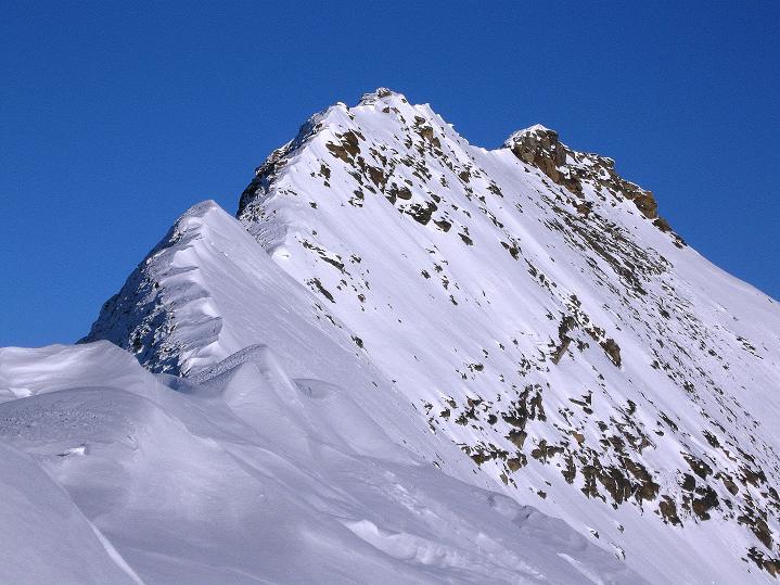 Foto: Andreas Koller / Wander Tour / Fuscherkarkopf (3336m) - Überschreitung / Der Schlussteil des Grates vom W-Gipfel aus gesehen / 02.10.2008 02:52:09