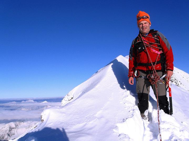 Foto: Andreas Koller / Wander Tour / Fuscherkarkopf (3336m) - Überschreitung / Ende September schon sehr viel Schnee am Fuscherkarkopf / 02.10.2008 02:51:19