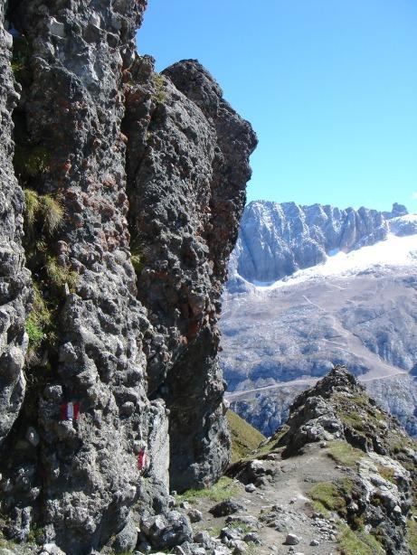 Foto: Manfred Karl / Klettersteig Tour / Via ferrata delle Trincee / Am Weg zur Mesola / 04.10.2008 14:17:46