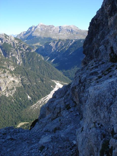 Foto: Manfred Karl / Klettersteig Tour / Via ferrata René de Pol / Blick zum Dürrenstein / 04.10.2008 17:14:56
