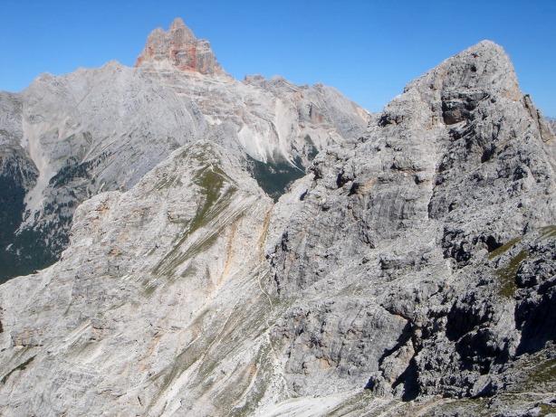 Foto: Manfred Karl / Klettersteig Tour / Via ferrata René de Pol / Rückblick auf die Westl. Foramespitze vom Weiterweg zur Forcella Verde / 04.10.2008 17:12:51