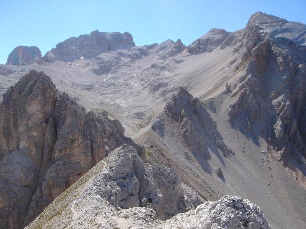 Foto: Manfred Karl / Klettersteig Tour / Via ferrata René de Pol / Blick auf das große Kar Gravon del Forame / 04.10.2008 17:11:00