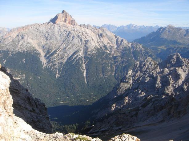 Foto: Manfred Karl / Klettersteig Tour / Via ferrata Ivano Dibona / Forcella Alta Anticima mit der Hohen Gaisl im Hintergrund / 04.10.2008 16:32:34