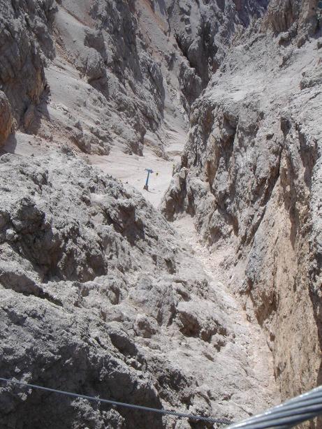 Foto: Manfred Karl / Klettersteig Tour / Via ferrata Ivano Dibona / Auf der Hängebrücke / 04.10.2008 16:09:25