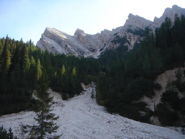 Foto: Manfred Karl / Klettersteig Tour / Via ferrata Ivano Dibona / Der Gratkamm des Pomagagnon / 04.10.2008 16:02:07