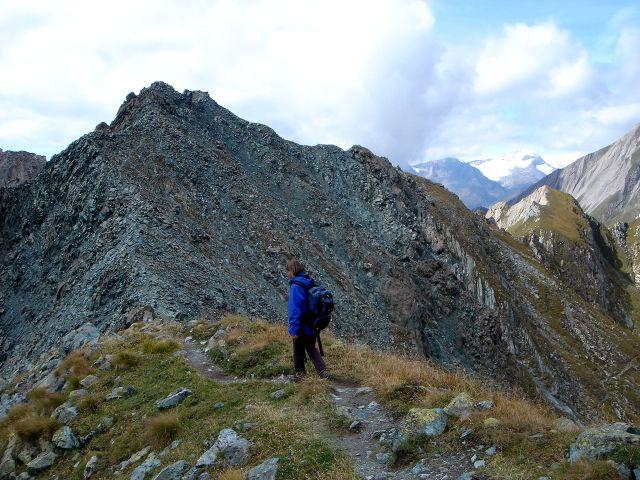 Foto: Manfred Karl / Kletter Tour / Über den Direkten Ostgrat auf die Blauspitze IV / Übergang zum Blauen Knopf / 04.10.2008 12:38:50
