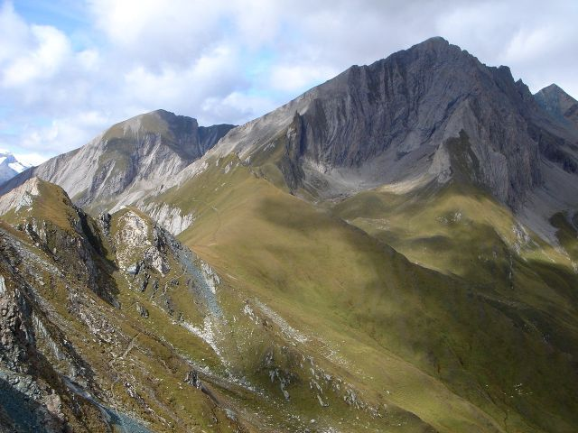Foto: Manfred Karl / Kletter Tour / Über den Direkten Ostgrat auf die Blauspitze IV / Bretterwand- und Kendlspitzen, beides schöne Touren (siehe auch alpintouren.at) / 04.10.2008 12:38:24