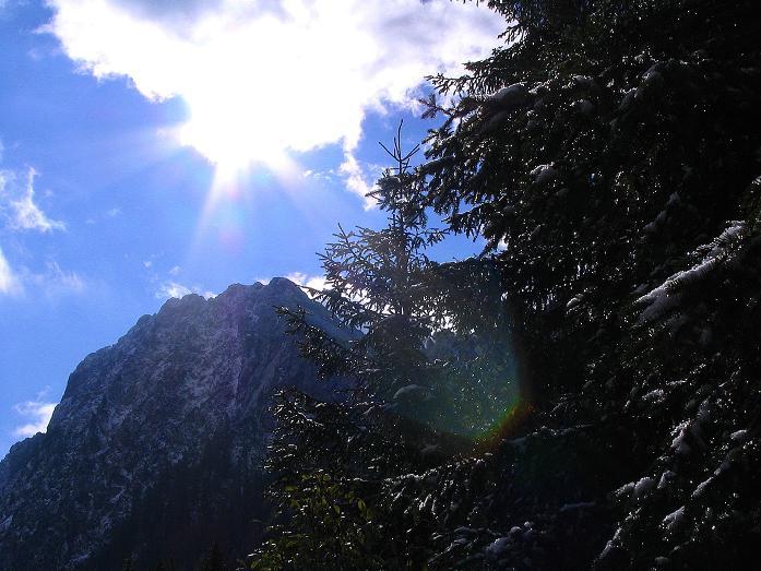 Foto: Andreas Koller / Klettersteig Tour / Ferrata Enrico Contin (2240m) / Sonne im Winkeltal / 06.10.2008 19:50:27