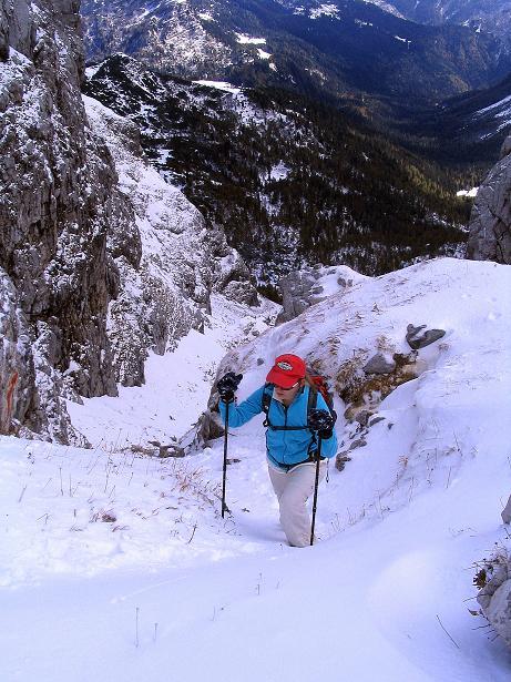 Foto: Andreas Koller / Klettersteig Tour / Ferrata Enrico Contin (2240m) / Ausstieg aus der steilen Rinne in die Scharte / 06.10.2008 19:45:07