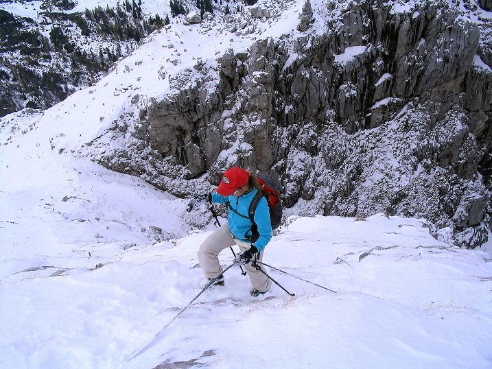 Foto: Andreas Koller / Klettersteig Tour / Ferrata Enrico Contin (2240m) / Auch die steile N-Flanke ist gut versichert / 06.10.2008 19:43:22