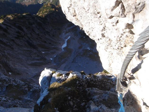 Foto: Manfred Karl / Klettersteig Tour / Über den Wildental Klettersteig auf das Persailhorn / Luftiges Eck / 11.10.2008 21:51:02