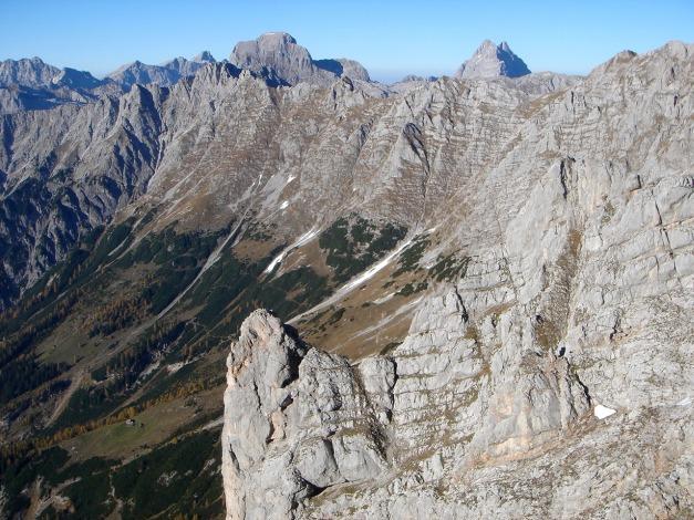 Foto: Manfred Karl / Klettersteig Tour / Über den Wildental Klettersteig auf das Persailhorn / Hundstod und Watzmann im Hintergrund / 11.10.2008 21:44:38