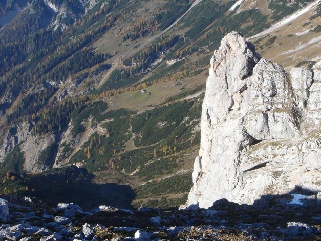 Foto: Manfred Karl / Klettersteig Tour / Über den Wildental Klettersteig auf das Persailhorn / Weißbachlalm und nördlicher Vorgipfel des Persailhornes / 11.10.2008 21:40:53