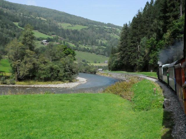 Foto: Samson / Rad Tour / Schwarzenbergrunde / die Murtalbahn / 13.10.2008 17:24:01