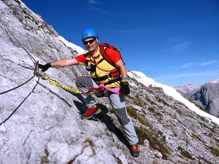 Foto: Andreas Koller / Klettersteig Tour / Innsbrucker Klettersteig - Hannes Gasser Panorama Klettersteig (2480m) / Einfachere Passage unter den Kaminspitzen / 15.10.2008 01:33:11