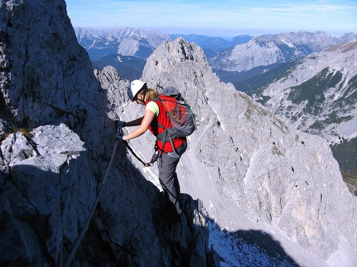Foto: Andreas Koller / Klettersteig Tour / Innsbrucker Klettersteig - Hannes Gasser Panorama Klettersteig (2480m) / Luftige Traversierung  / 15.10.2008 01:28:51