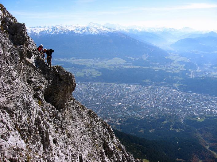 Foto: Andreas Koller / Klettersteig Tour / Innsbrucker Klettersteig - Hannes Gasser Panorama Klettersteig (2480m) / Hoch über den Dächern von Innsbruck zum Kemacher / 15.10.2008 01:22:43